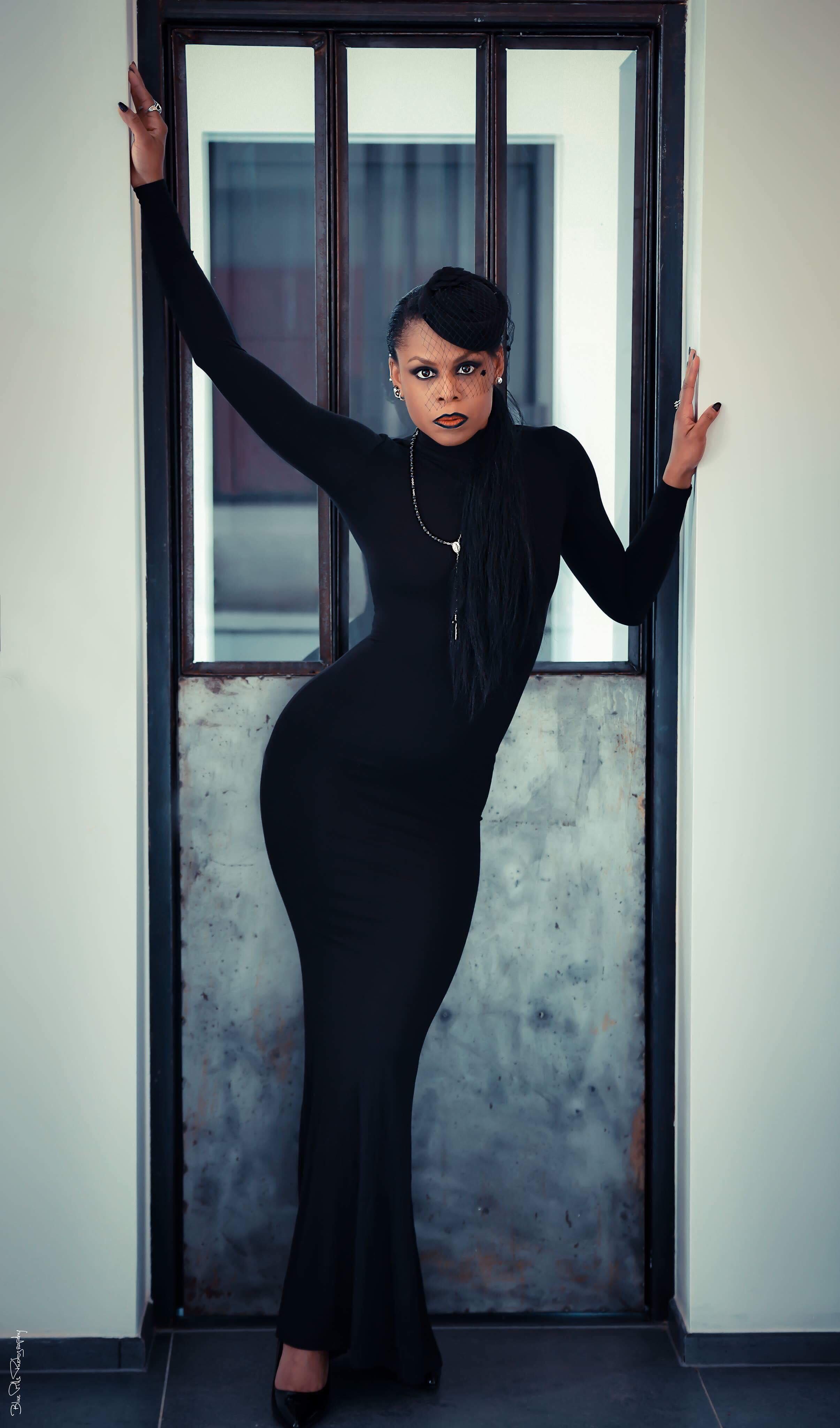 Longue robe noire Asos