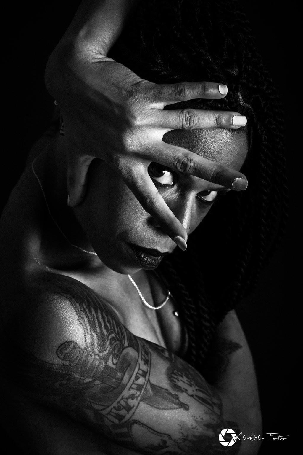 Be Barock Inked Model Art Black