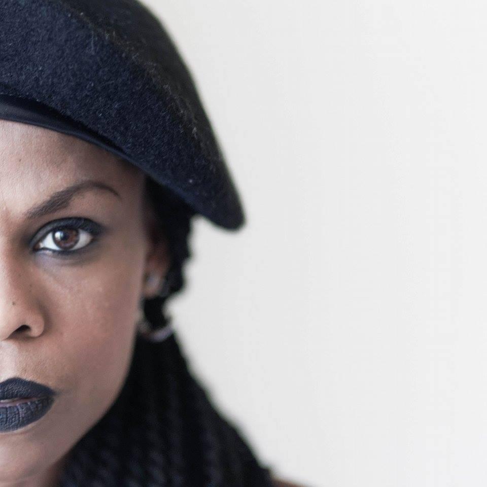 Be Barock Inked Model Black Panther