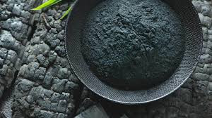 How Activated Charcoal Improves Your Skin