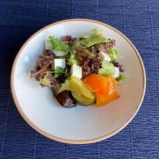 Салат из печёных овощей с сыром Фета