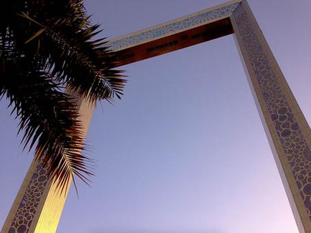 THE KEY TO ENJOYING AN UNPLANNED TRIP: STRANDED IN DUBAI