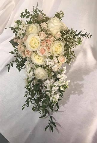 Cascading bouquet.jpg