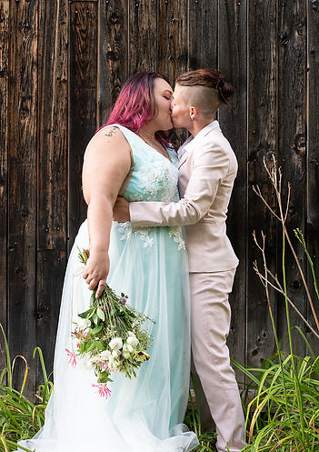 Gayfriendly vtwedding photographer.jpg