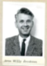 Arne Willy Jacobsen (1).jpg