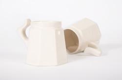 stoneware mug / white glaze