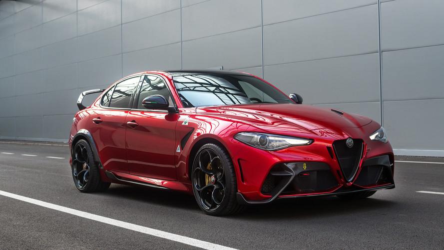 2021-Alfa-Romeo-Giulia-GTA-V4-1080.jpg