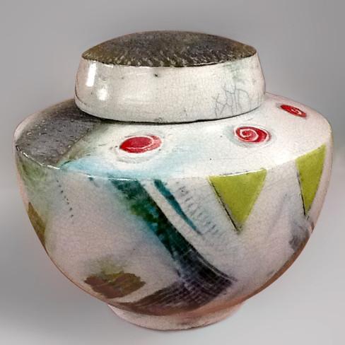 Vase avec couvercle plat