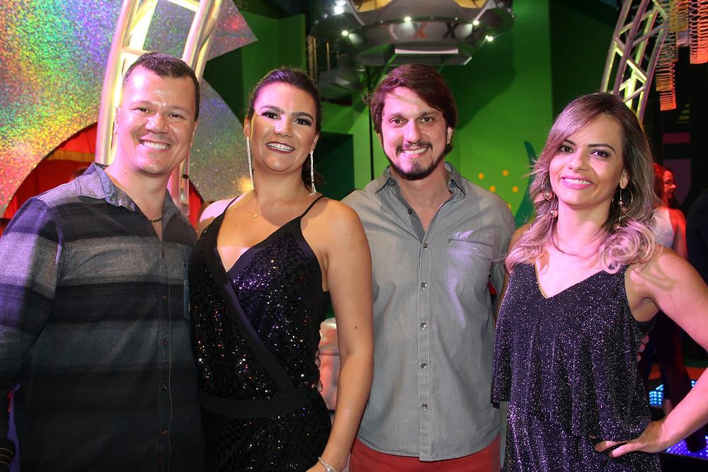 Os casais sócios da Casa X Airton Braga Junior e Fernanda Seixas, Daniel di Rezende e Renata Maeve Faleiros
