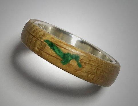 wine barrel oak & malachite on sterling band (size 10)