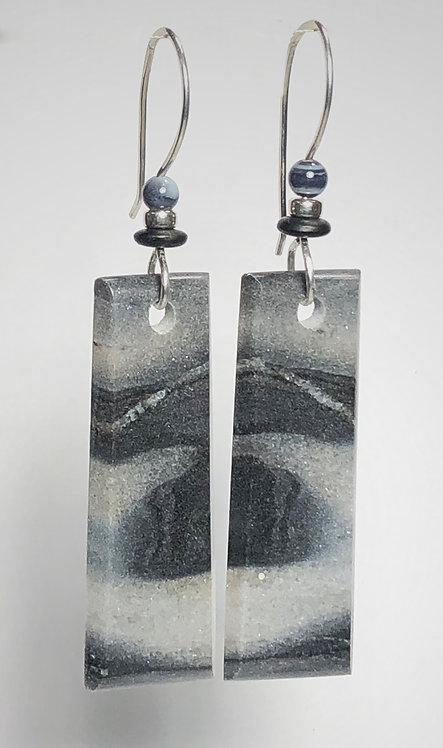 hand cut moroccan onyx gemstone earrings