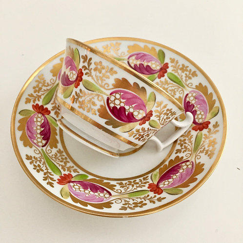 Coalport teacup and saucer, Derby-like pattern on London shape, ca 1815