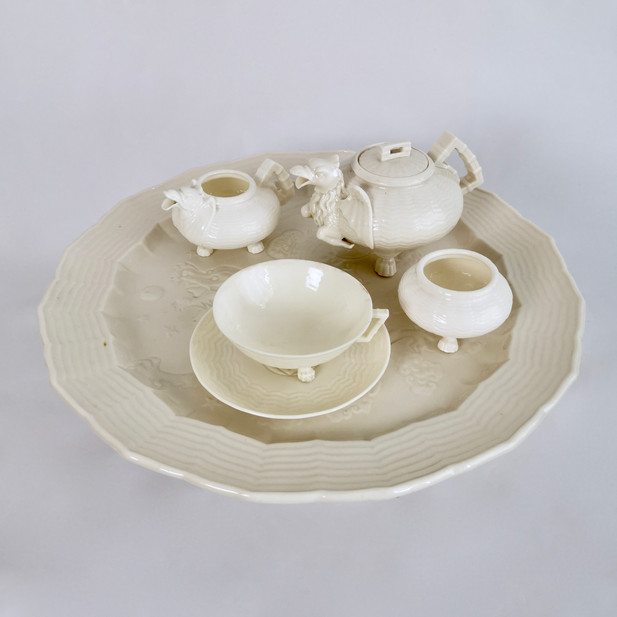 "Rare Belleek cabaret set ""Chinese Dragon"" 1863-1891"