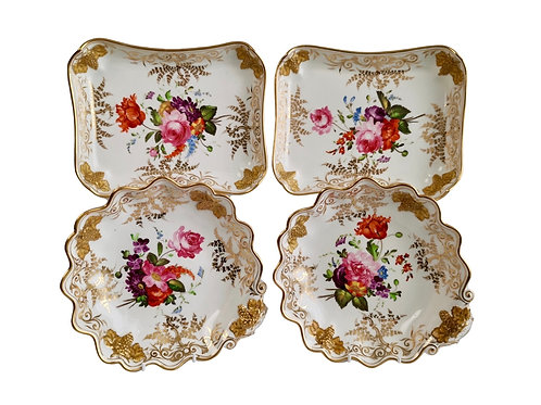 Set of Coalport dessert dishes, grape-moulded, gilt and flowers, ca 1820
