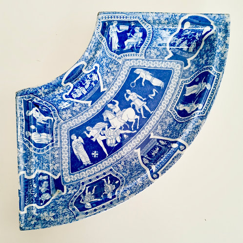 Curved side dish, attr. to Spode, with Greek/Etruscan Kirk pattern, ca 1820
