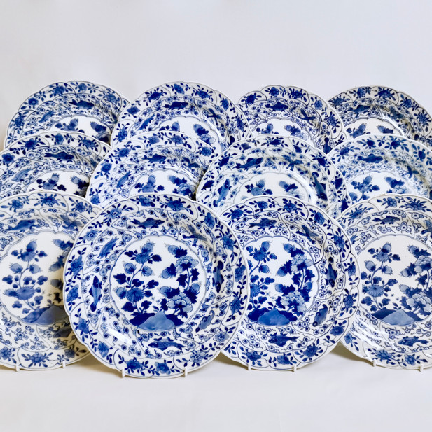 Set of 12 Chinese Export plates, Yongzheng