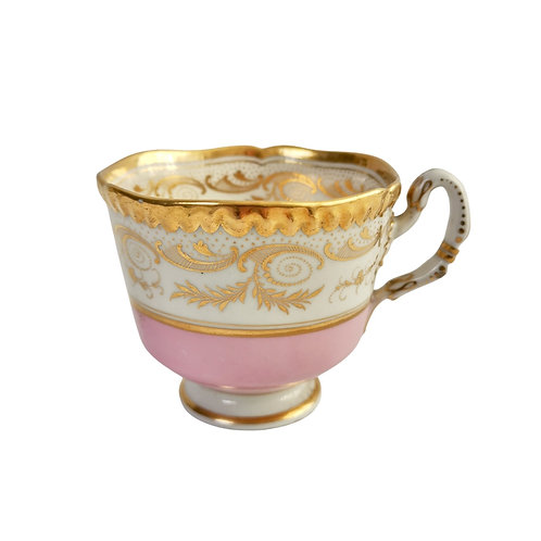 Flight Barr & Barr orphaned coffee cup, pink and gilt, 1815-1820