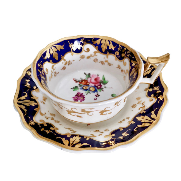 Ridgway teacup with flowers