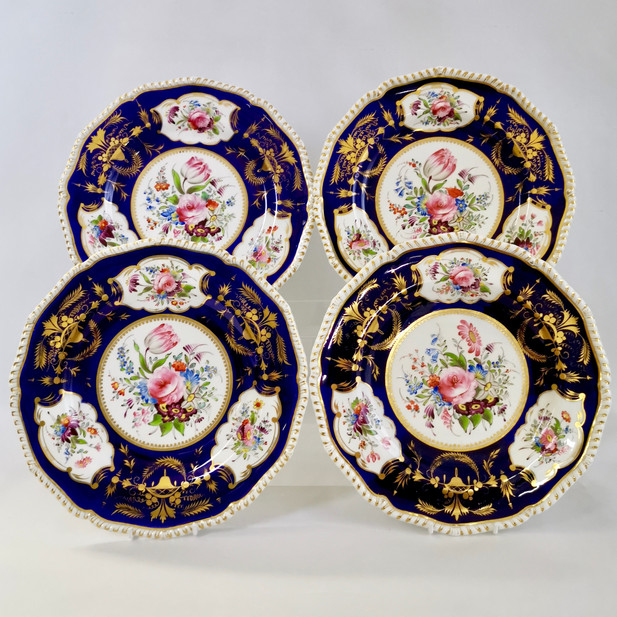 Set of 4 Bloor Derby dinner plates, 1825-1830