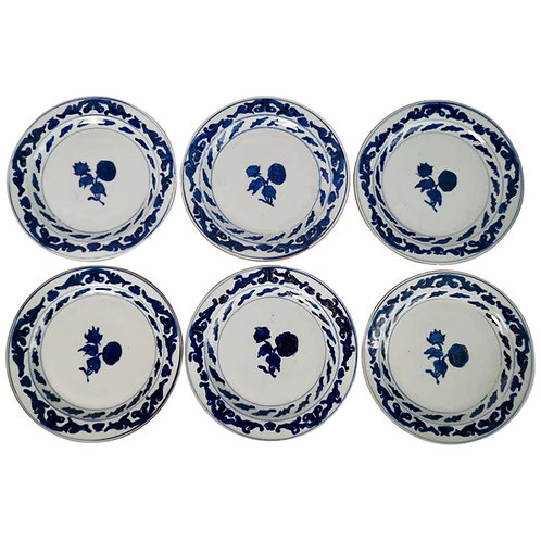 Set of 6 Chinese Export plates, roses blue and white, Qianlong ca 1780