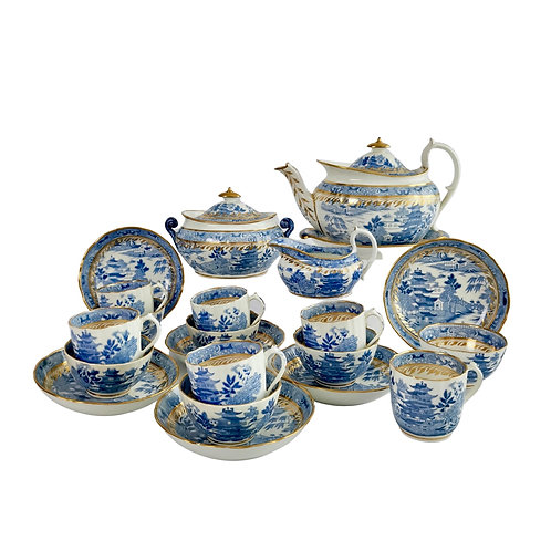 Miles Mason tea service, Pagoda pattern blue and white transfer, ca 1810