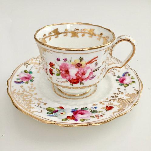"Coffeecup, patt. 966 on ""Hockeystick"" shape, Coalport ca 1820"