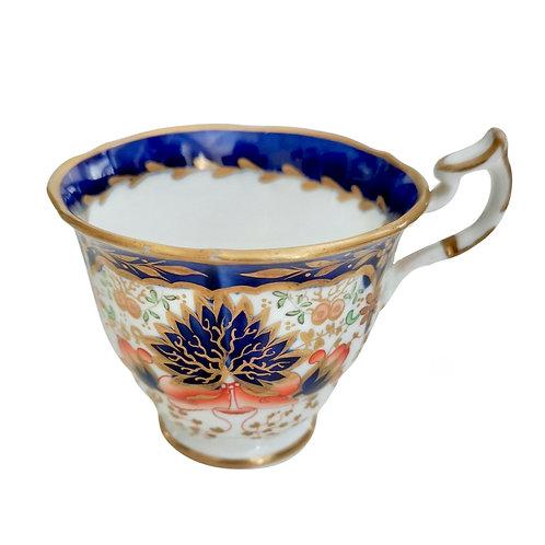 Minton orphaned teacup, Imari pattern N-shape, ca 1820