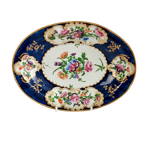 Worcester oval dish, blue scale with flower reserves, 1765-1770 A/F