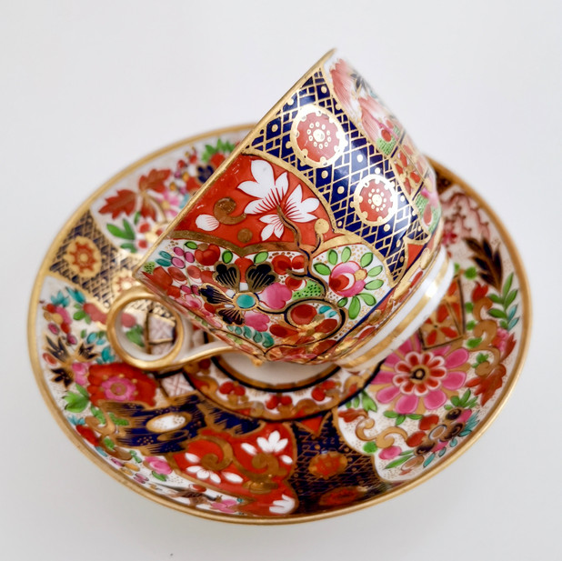 Barr Flight & Barr Rich Imari teacup, 1811-1818