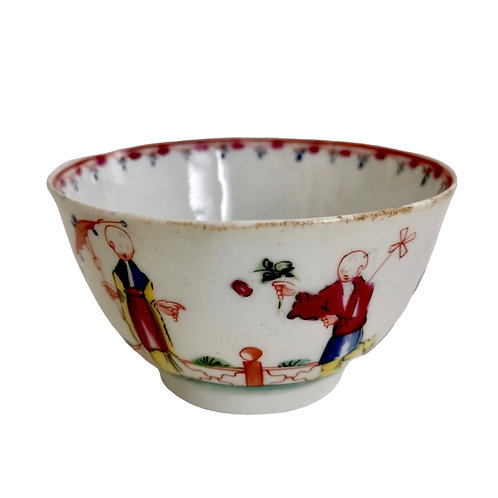 New Hall orpaned tea bowl, Chinoiserie pattern 20, 1790s