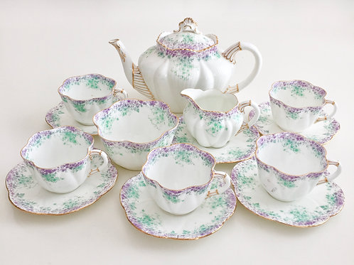 Stunning tea service, Dainty shape Wileman 1895