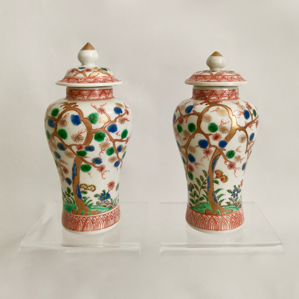 Pair of Japanese Imari vases, Meiji 19th C