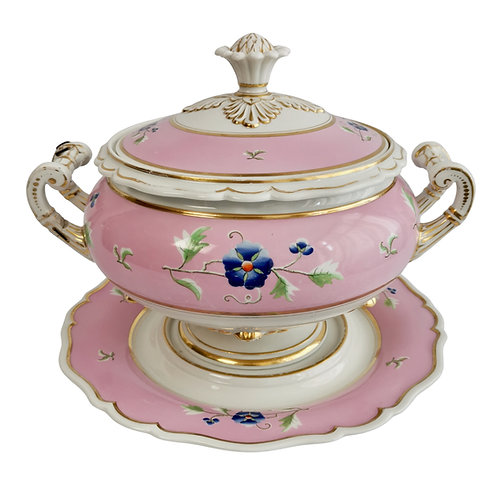 Flight Barr & Barr large soup tureen, cover and stand, pink, Regency ca 1820