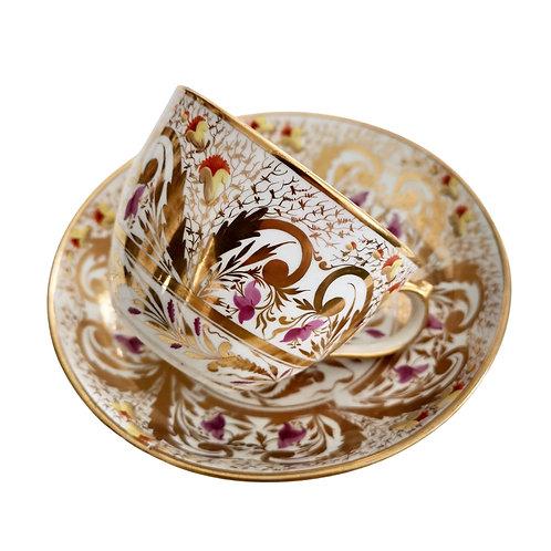 Teacup Miles Mason, Regency gilt pattern, provenance, ca 1810