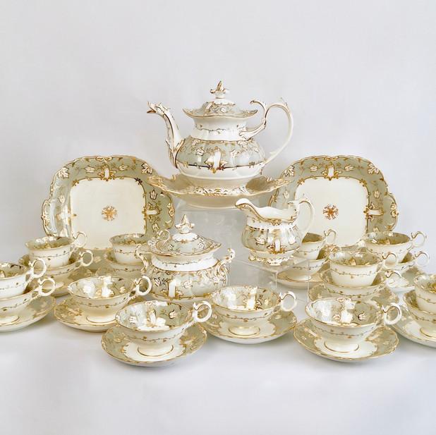 Coalport tea service with duck spout teapot, 1835