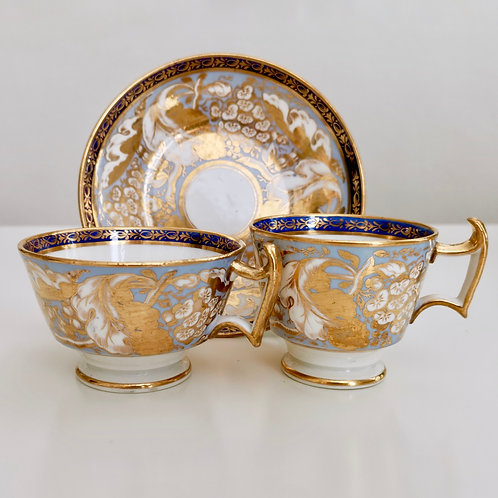 New Hall trio, periwinkle blue and gilt vines patt. 498, 1815-1820