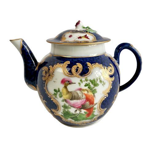 Edmé Samson teapot, Worcester blue scale style with birds, 19th C