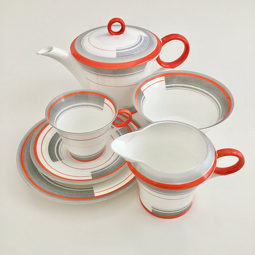 "Tea for One set, Shelley ""Bands and Lines"", 1933"
