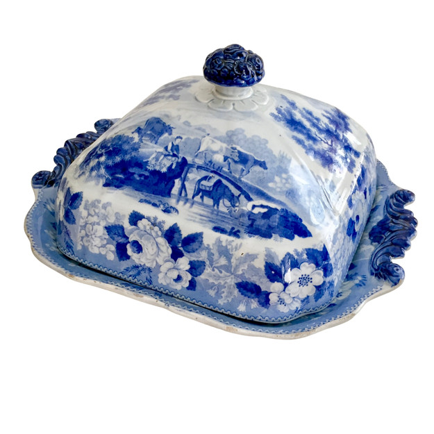Riley vegetable tureen with cattle senes, ca 1820