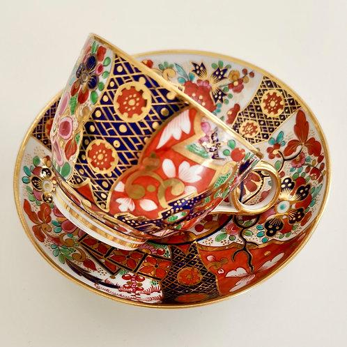 Barr Flight & Barr teacup and saucer, Rich Imari pattern, 1811-18