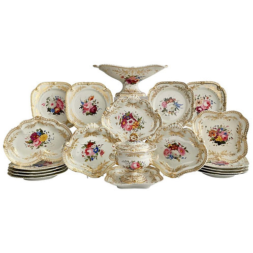 Chamberlains Worcester dessert service, white with flowers, ca 1822
