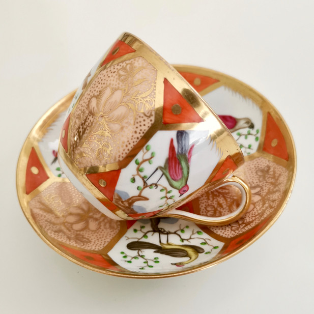 Coalport teacup with birds, ca 1805