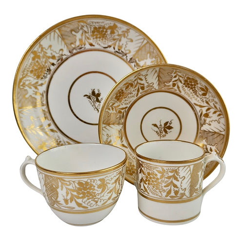 Miles Mason teacup quartet, provenance, gilt Regency pattern, ca 1810