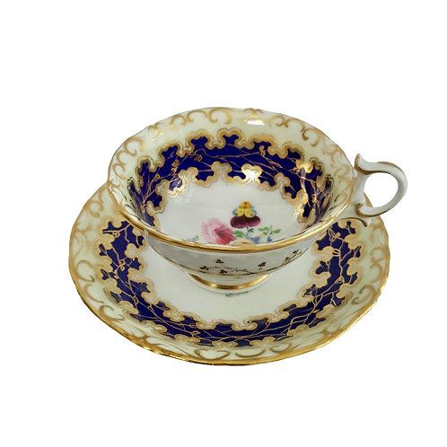 Grainger Worcester teacup, cobalt blue, gilt and flowers, ca 1840