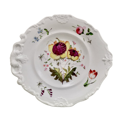 New Hall plate, white with flowers, inverted shell shape, ca 1820 (2)