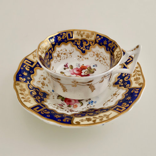 New Hall teacup, patt. 812 Chinese keys and flowers, ca 1825