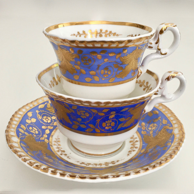 Spode teacup trio periwinkle with raised gilt