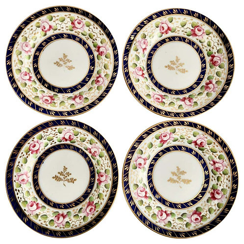 New Hall set of 4 tea plates, cobalt blue with roses, ca 1815