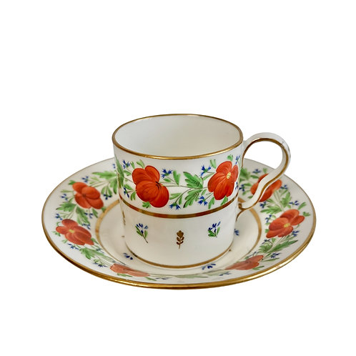 Pinxton coffee can and saucer, red flowers, ca 1805