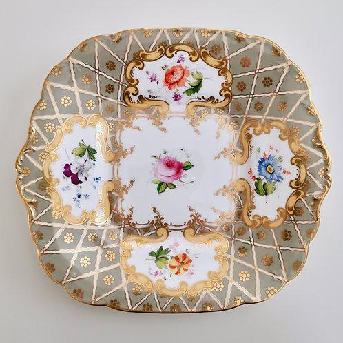 Minton cake plate, Green & Co patt. 3102, ca 1835